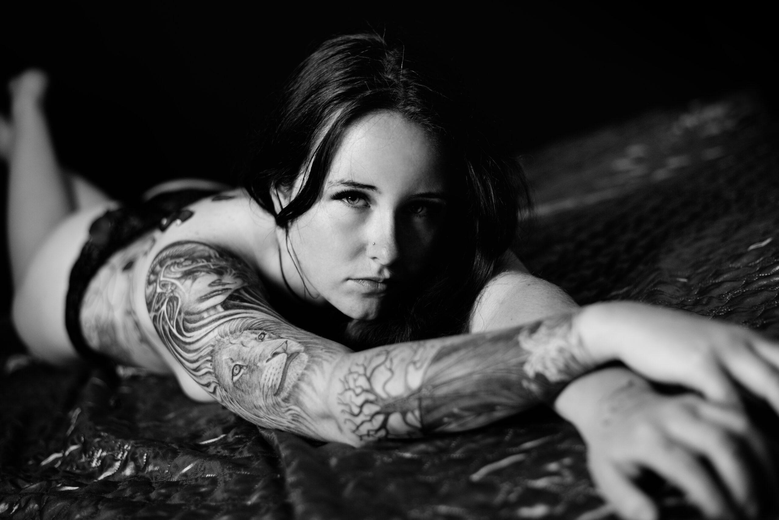Tattoo artist Alice